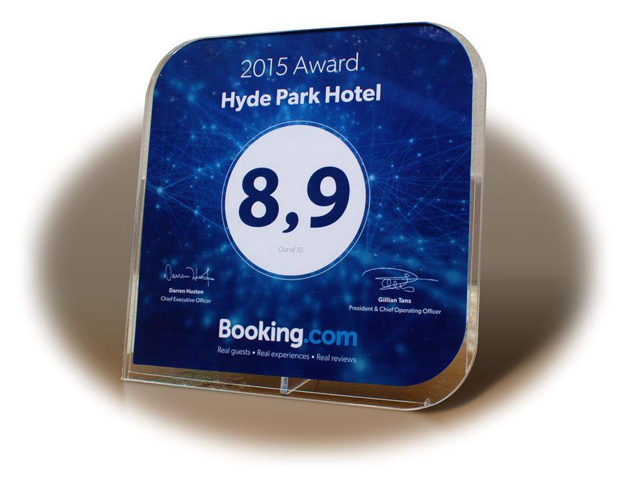 Премия Guest Review Award 2015 от Booking.com гостинице в Твери «Гайд Парк»